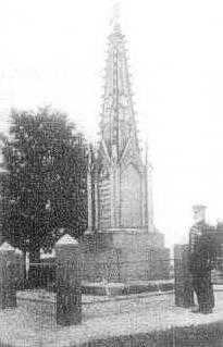 Das Denkmal auf der Christianshöhe bei Bellwitzhof